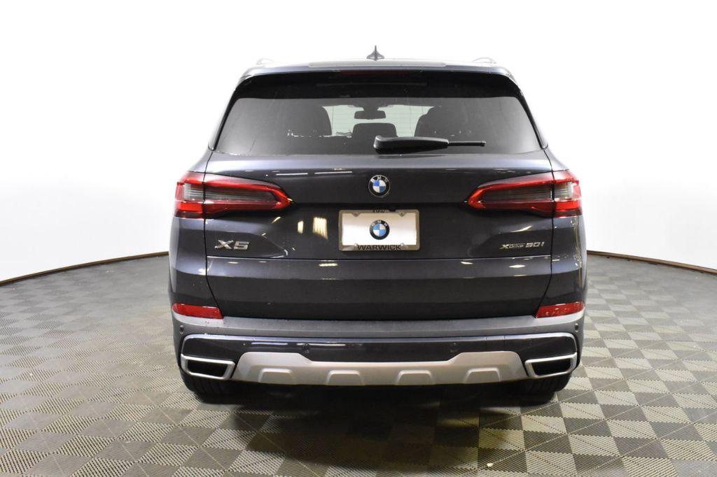 2019 BMW X5 xDrive50i Sports Activity Vehicle - 18644966 - 4