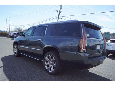 2019 Cadillac Escalade ESV 4WD 4dr SUV - Click to see full-size photo viewer