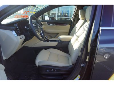 2019 Cadillac XT5 AWD 4dr Luxury SUV - Click to see full-size photo viewer