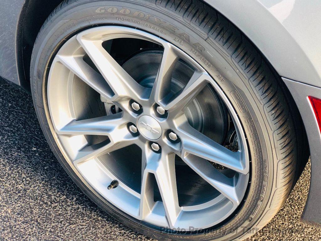 2019 Chevrolet Camaro 2dr Convertible LT w/3LT - 18503497 - 19