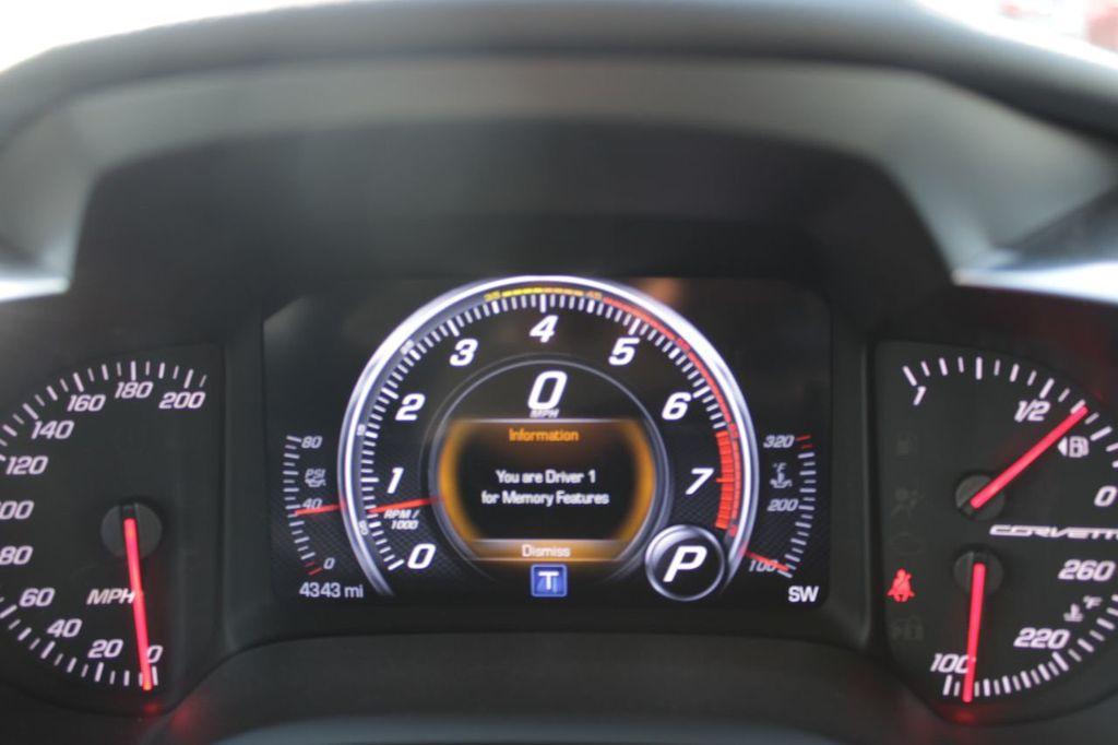 2019 Chevrolet Corvette 2dr Stingray Convertible w/2LT - 19032266 - 21