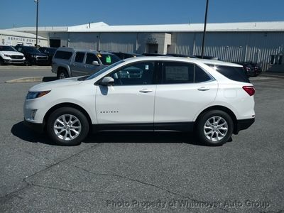 2019 Chevrolet Equinox AWD 4dr LT w/1LT - Click to see full-size photo viewer