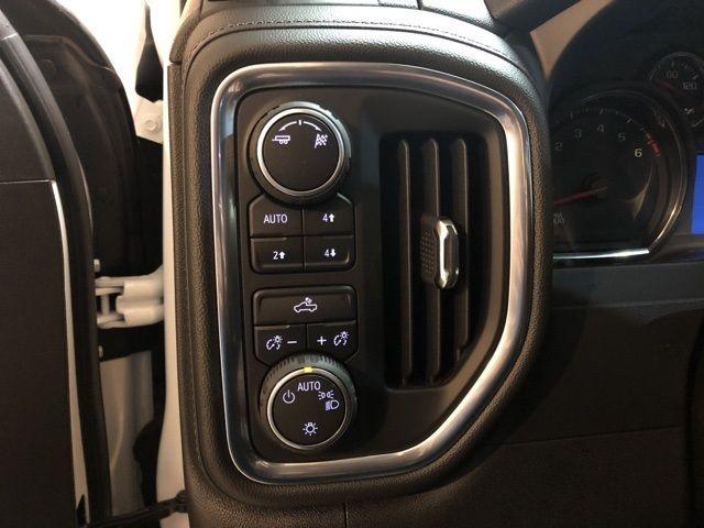 2019 Chevrolet Silverado 1500 LT - 18433481 - 11