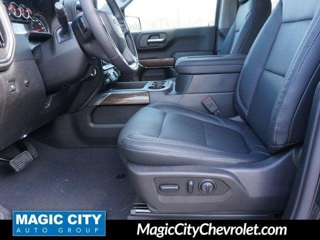 2019 Chevrolet Silverado 1500 RST - 18633562 - 3