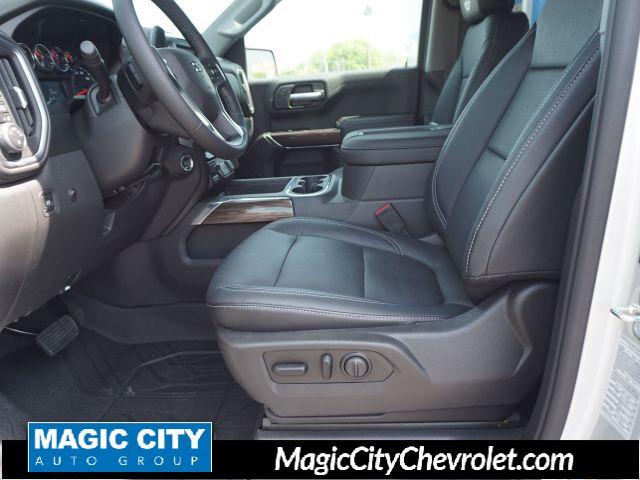 2019 Chevrolet Silverado 1500 RST - 18879820 - 3