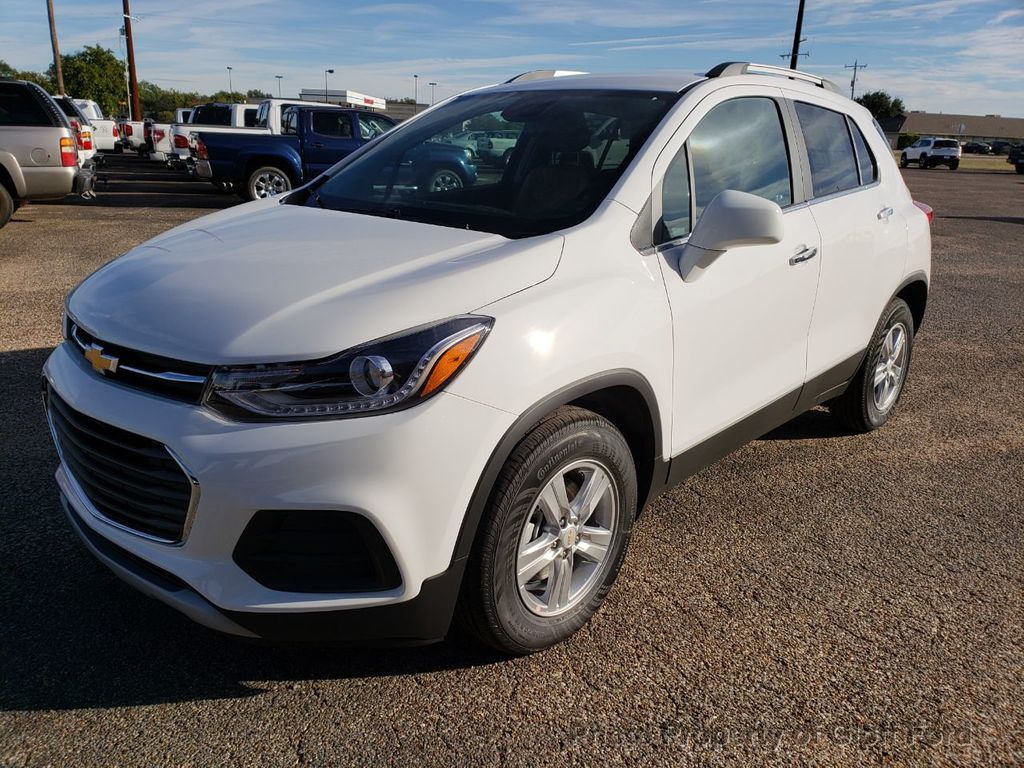2019 Chevrolet Trax FWD 4dr LT - 18232197 - 0