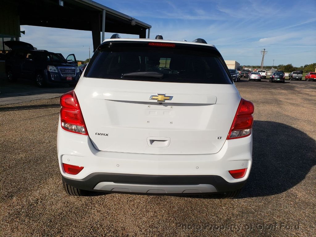 2019 Chevrolet Trax FWD 4dr LT - 18232197 - 4