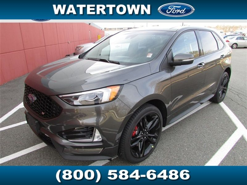 2019 Ford Edge ST AWD - Click to see full-size photo viewer