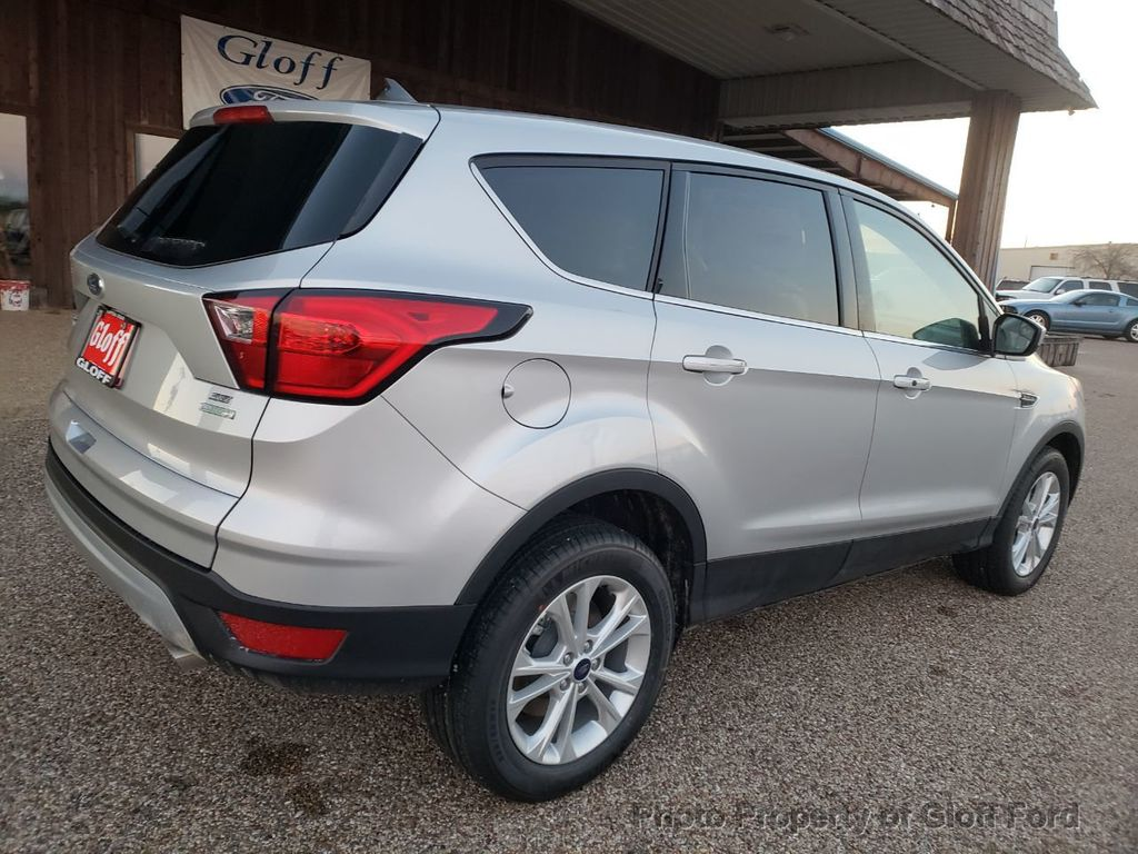 2019 Ford Escape SE FWD - 18403414 - 4