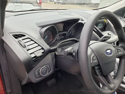 2019 Ford Escape SE FWD - Click to see full-size photo viewer
