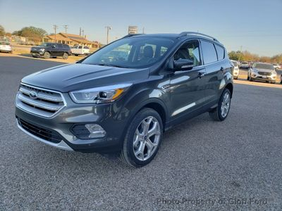 New 2019 Ford Escape Titanium 4WD SUV