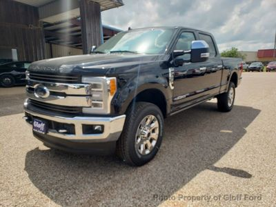 2019 Ford Super Duty F-250 SRW King Ranch 2WD Crew Cab 6.75' Box Truck