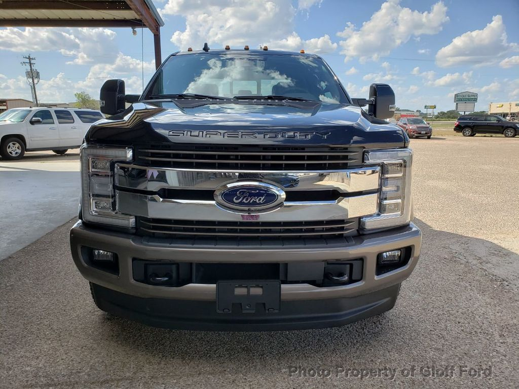 2019 Ford Super Duty F-350 DRW King Ranch 4WD Crew Cab 8' Box - 19331728 - 1