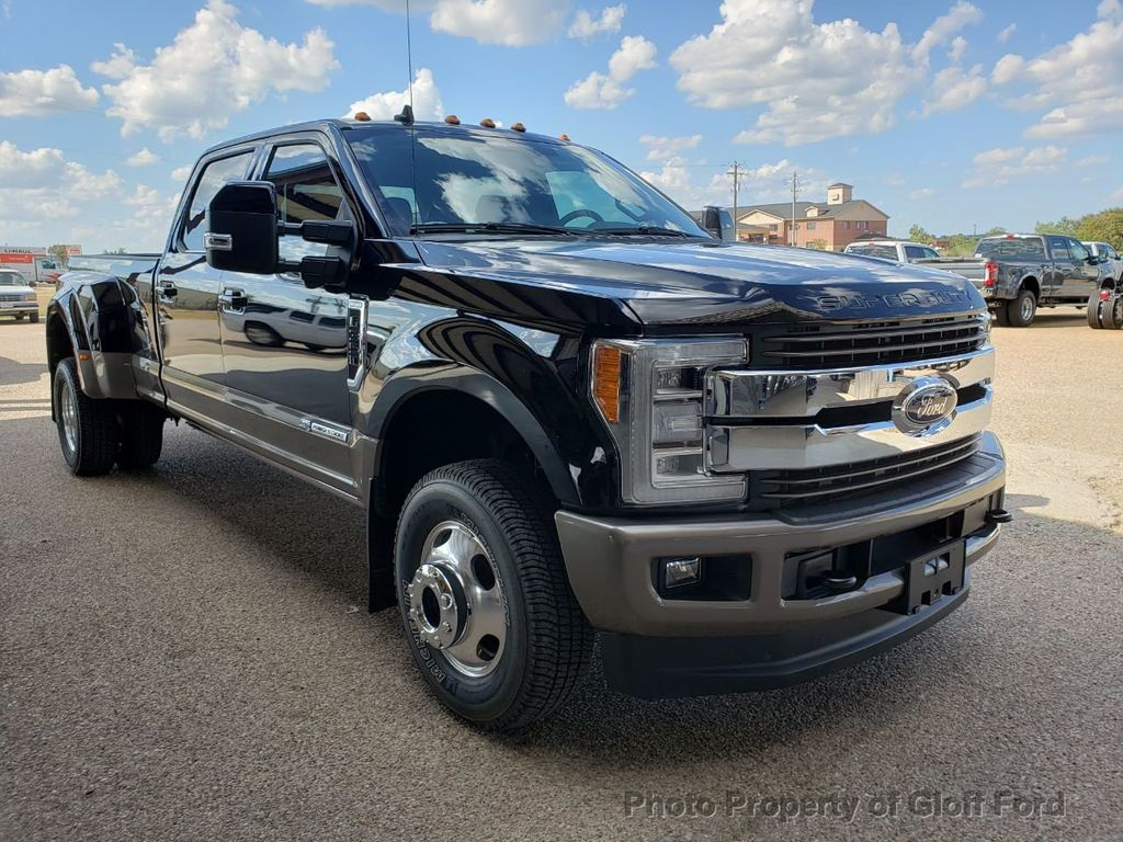 2019 Ford Super Duty F-350 DRW King Ranch 4WD Crew Cab 8' Box - 19331728 - 2
