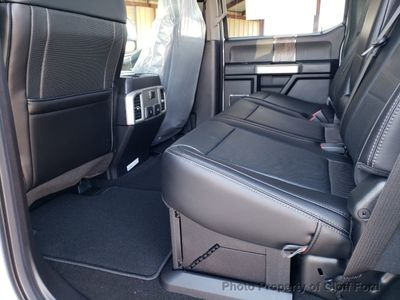 2019 Ford Super Duty F-350 DRW LARIAT 4WD Crew Cab 8' Box - Click to see full-size photo viewer