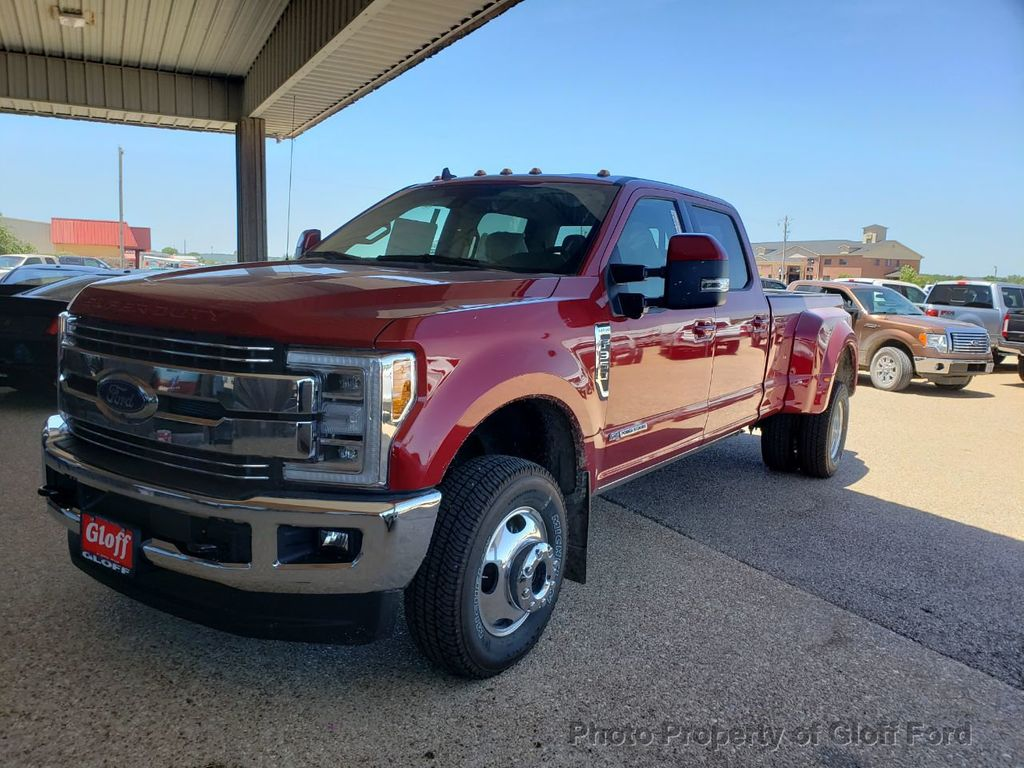 2019 Ford Super Duty F-350 DRW LARIAT 4WD SuperCab 8' Box - 19157204 - 0