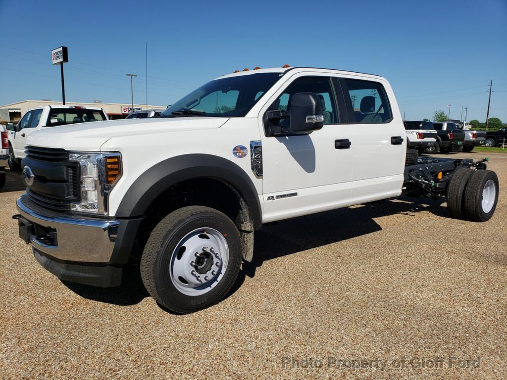"2019 Ford Super Duty F-450 DRW Cab-Chassis XL 4WD Crew Cab 203"" WB 84"" CA - 18858565 - 0"