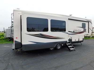 2019 Forest River CEDAR CREEK 29RE