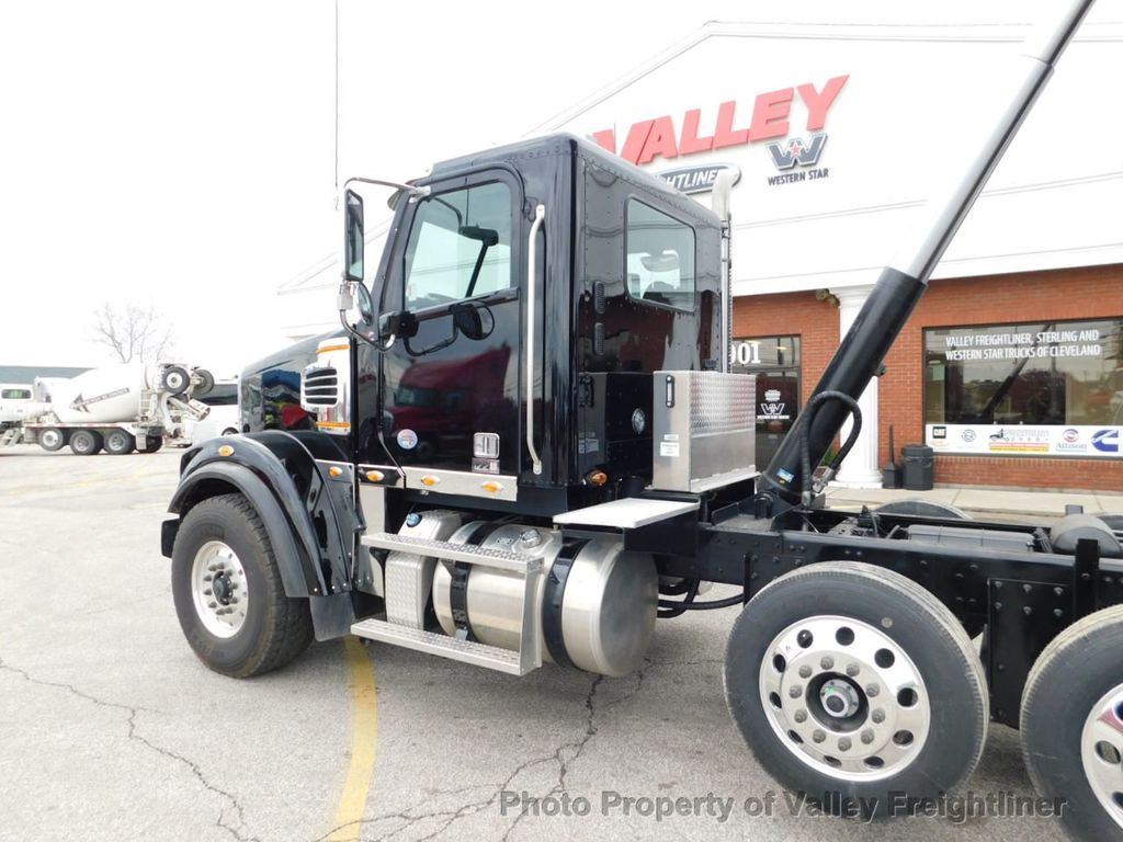 2019 Freightliner 122SD 2 Available!  Cummins X15! - 18534653 - 31
