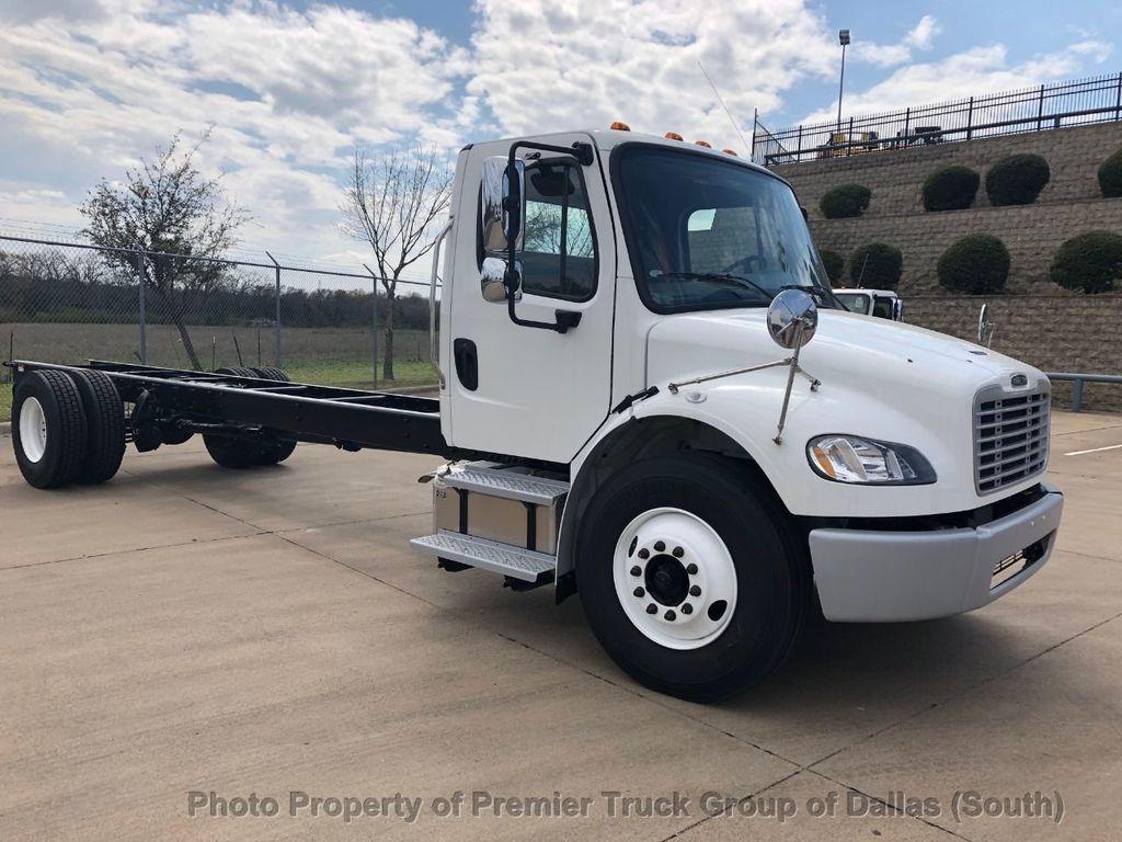 2019 Freightliner M2106  - 18733409 - 6