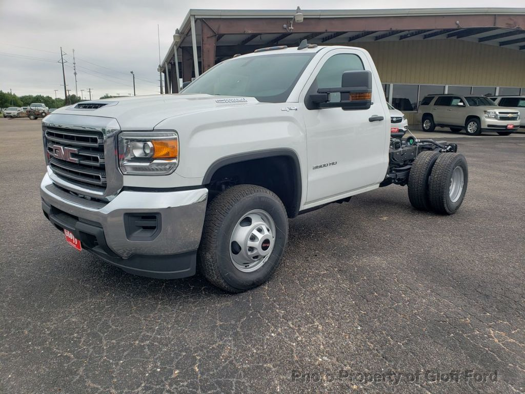 "Dealer Video - 2019 GMC Sierra 3500HD Cab-Chassis 4WD Reg Cab 137.5"" WB, 59.06"" CA - 18907716"