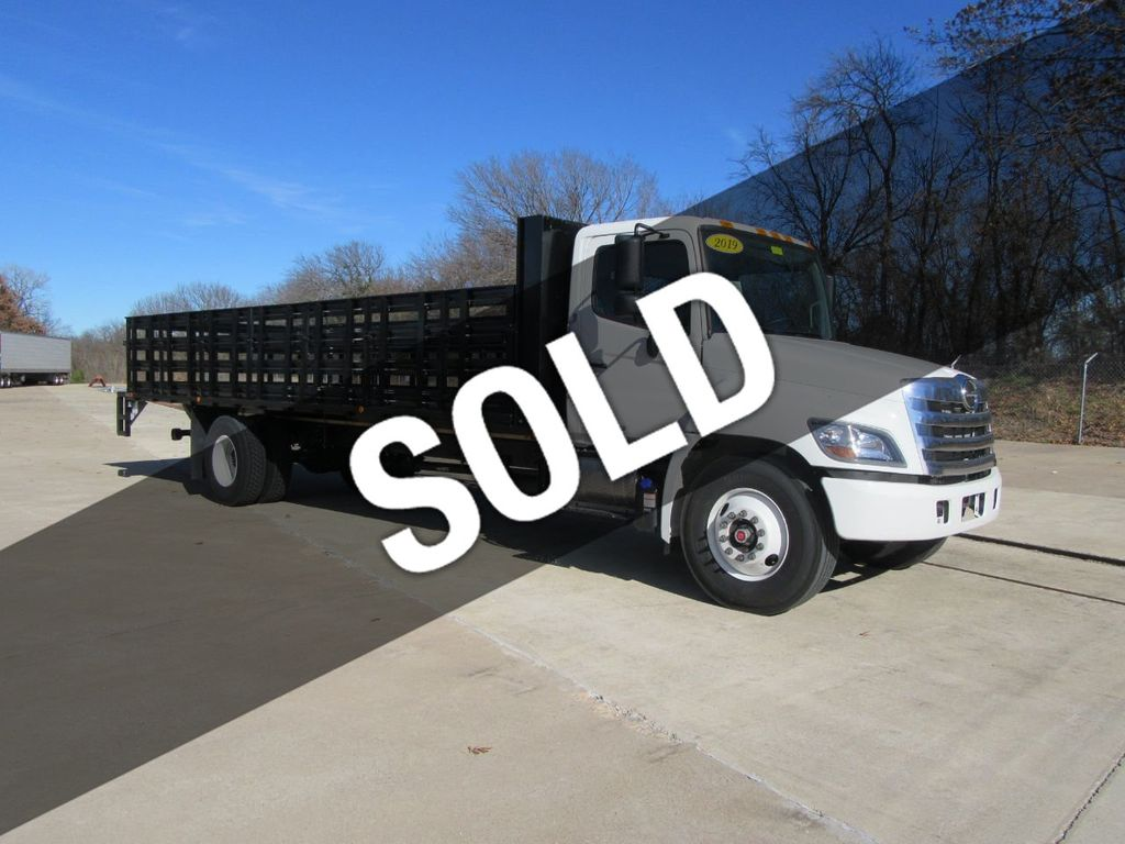 2019 HINO 268 (26ft Stake Bed with Lift Gate) - 18220312 - 0