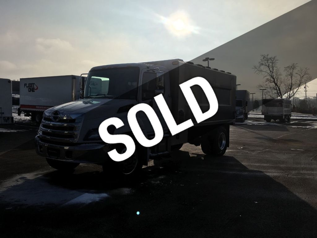 2019 HINO 268A UNDER CDL - 18401743 - 0