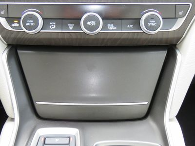 2019 Honda Accord Hybrid EX-L Sedan - Click to see full-size photo viewer