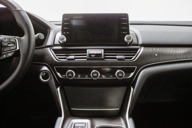 2019 Honda Accord Hybrid Touring Sedan - 18633287 - 37