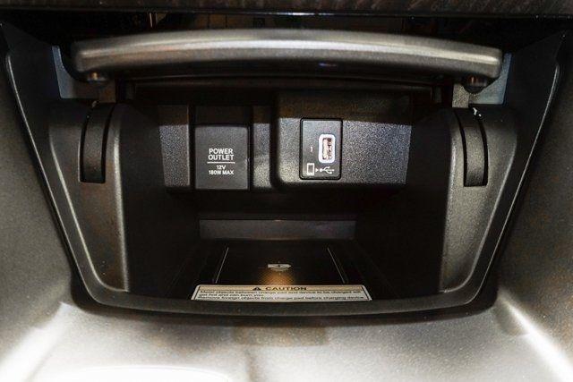 2019 Honda Accord Hybrid Touring Sedan - 18633287 - 49