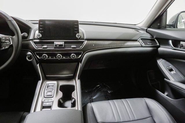 2019 Honda Accord Hybrid Touring Sedan - 18633287 - 55