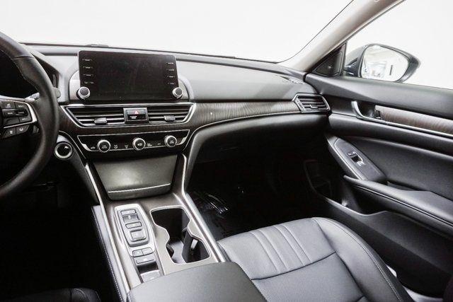 2019 Honda Accord Hybrid Touring Sedan - 18633287 - 56