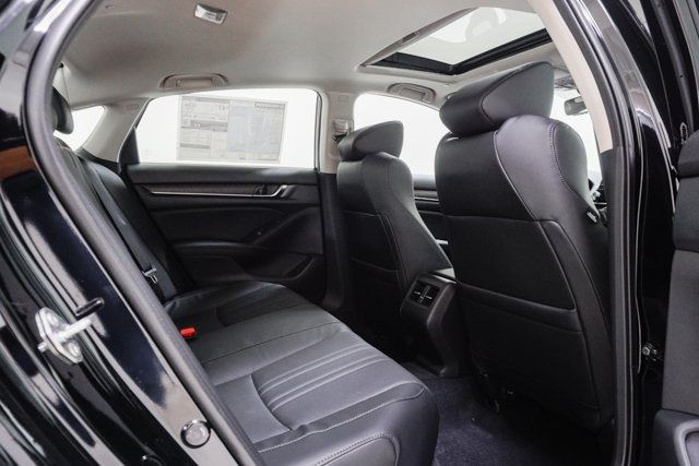 2019 Honda Accord Hybrid Touring Sedan - 18633287 - 62