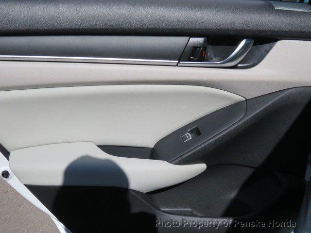 2019 Honda Accord Sedan LX 1.5T CVT - 18318435 - 11