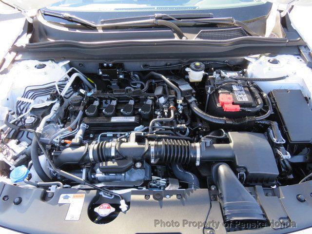 2019 Honda Accord Sedan LX 1.5T CVT - 18318435 - 37