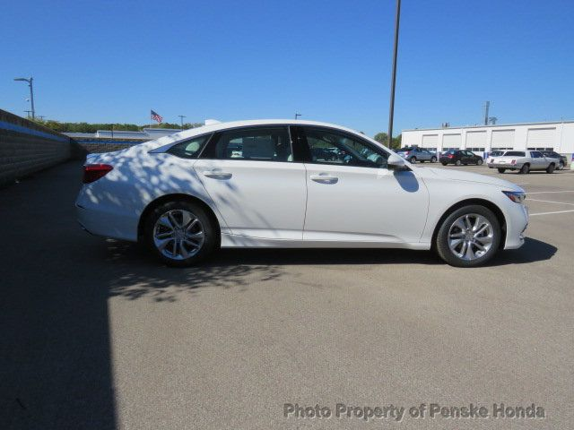 2019 Honda Accord Sedan LX 1.5T CVT - 18318435 - 6