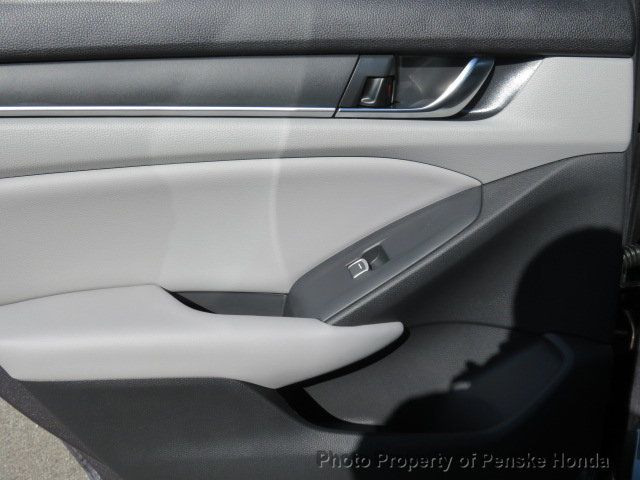2019 Honda Accord Sedan LX 1.5T CVT - 18380865 - 11