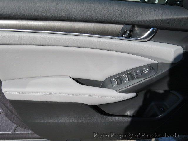 2019 Honda Accord Sedan LX 1.5T CVT - 18380865 - 28