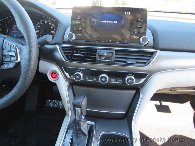 2019 Honda Accord Sedan LX 1.5T CVT - 18503786 - 28