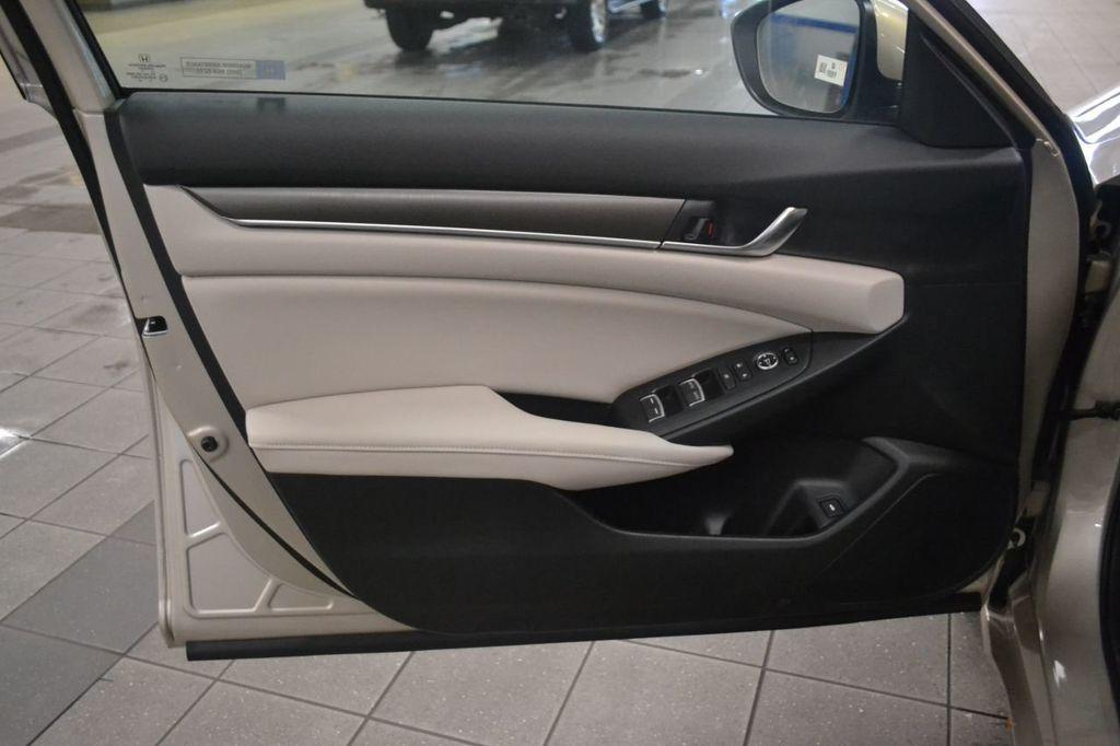 2019 Honda Accord Sedan LX 1.5T CVT - 18389248 - 12
