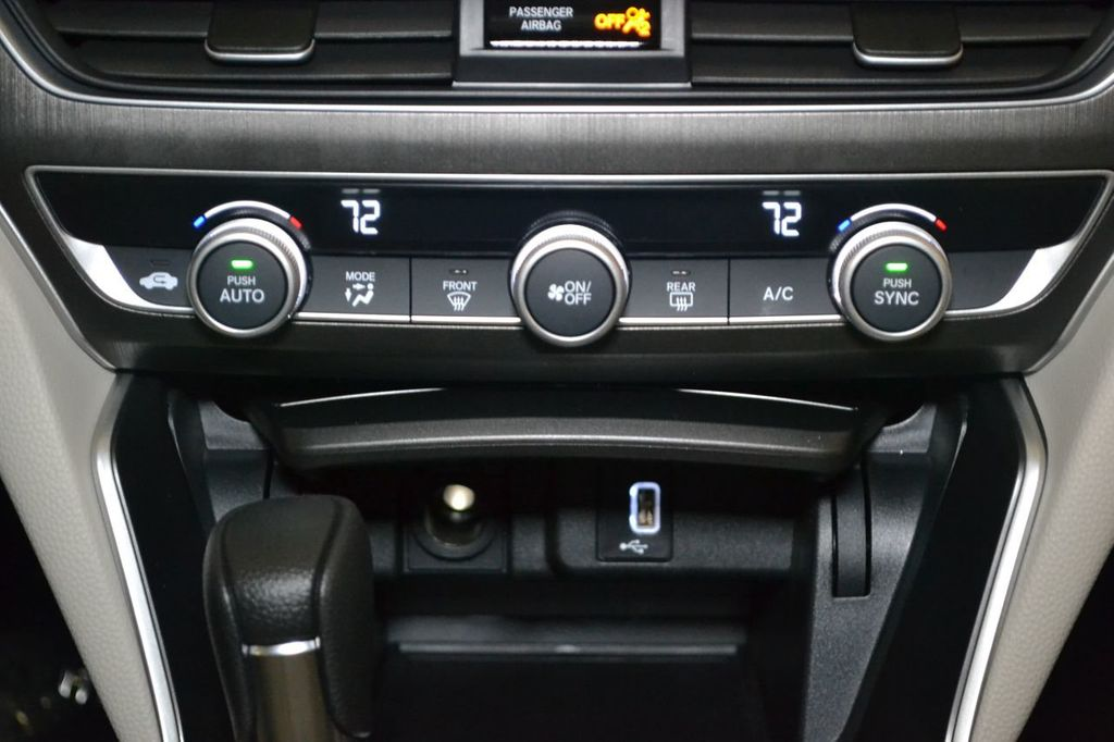 2019 Honda Accord Sedan LX 1.5T CVT - 18389248 - 16