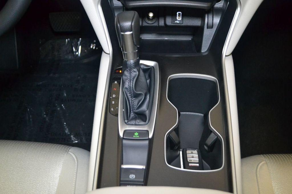 2019 Honda Accord Sedan LX 1.5T CVT - 18389248 - 17