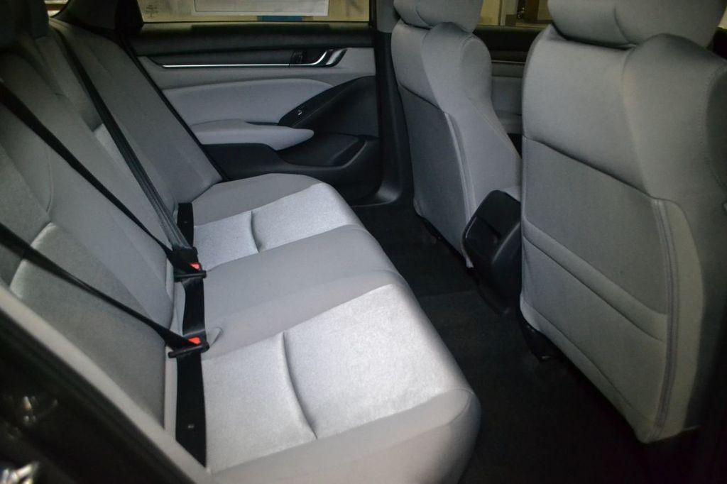 2019 Honda Accord Sedan LX 1.5T CVT - 18400985 - 28