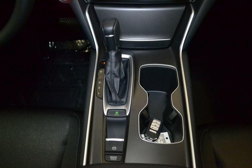 2019 Honda Accord Sedan LX 1.5T CVT - 18656358 - 13