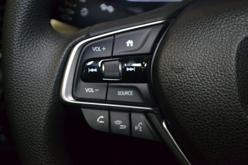 2019 Honda Accord Sedan LX 1.5T CVT - 18656358 - 16