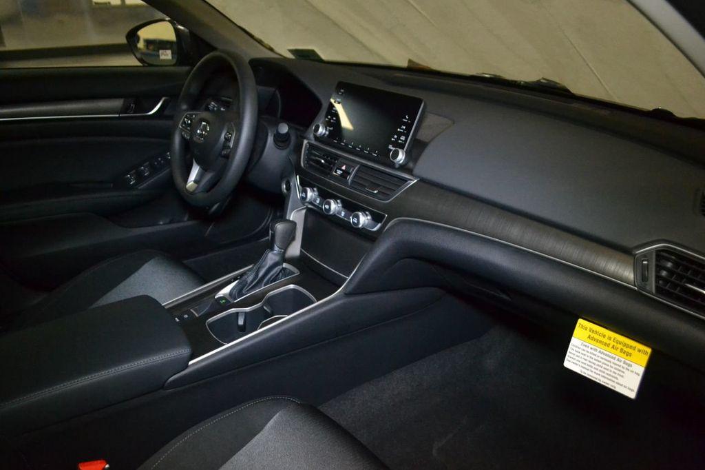 2019 Honda Accord Sedan LX 1.5T CVT - 18656358 - 26