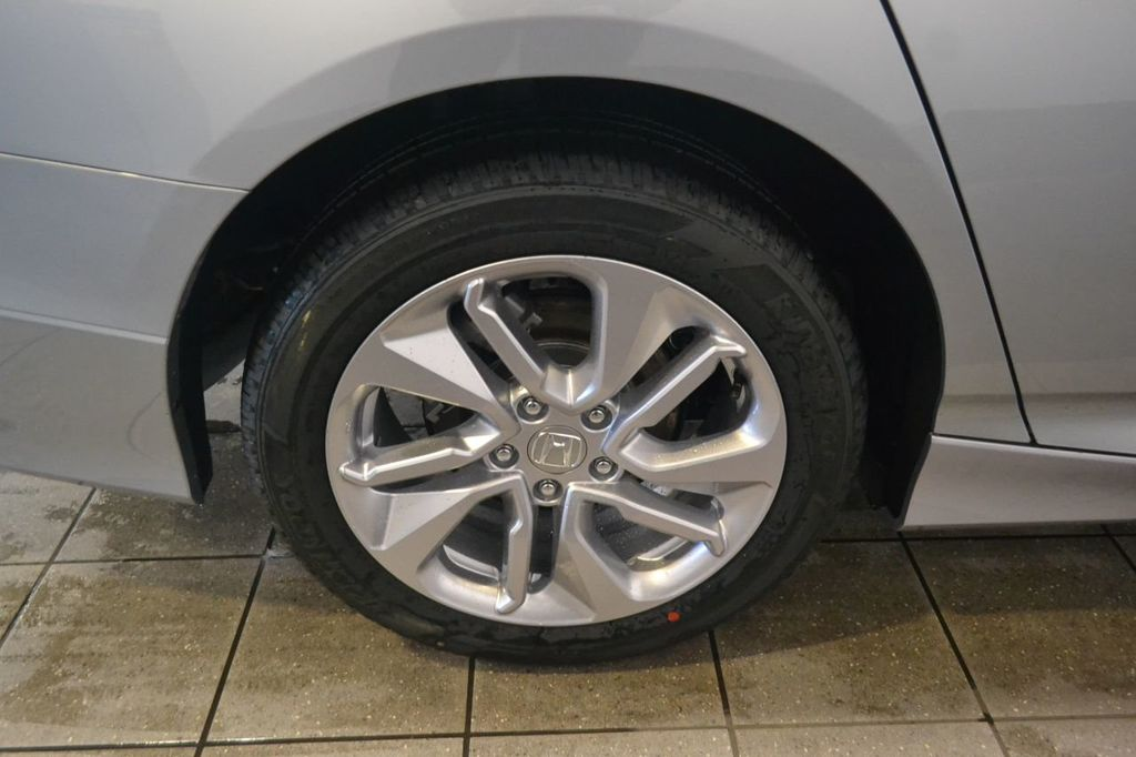 2019 Honda Accord Sedan LX 1.5T CVT - 18660830 - 10