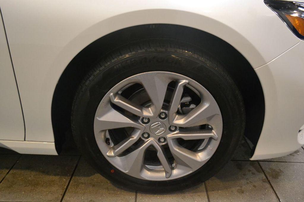 2019 Honda Accord Sedan LX 1.5T CVT - 18744693 - 11