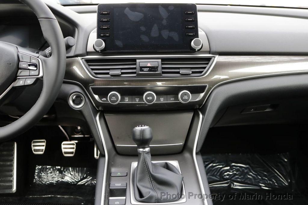 2019 Honda Accord Sedan Sport 1.5T Manual - 18666256 - 17