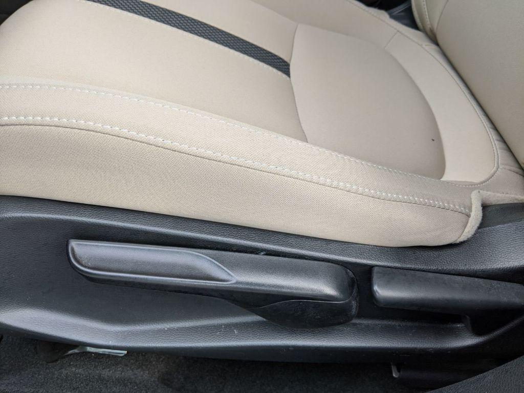 2019 Honda Civic Sedan LX CVT - 18410047 - 3